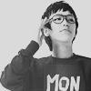 Смайлик Парень в очках (mon) аватар