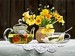 Доброе утро! Чай из трав, букет цветов