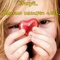 Смайлик Девочка с сердечком (похуй. вместо тысячи слов) аватар