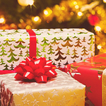 Новогодние <b>подарки</b> <b>под</b> <b>елкой</b> картинки смайлики