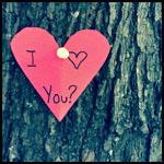 Смайлик Сердечко с надписью 'i love you' на стволе аватар