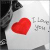На бумаге нарисовано сердце и написано i love you