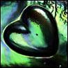 Сердце зеленое с  переливами
