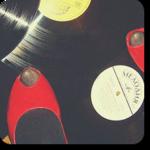 Смайлик Туфли на грампластинке (мелодия) аватар