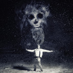 Смайлик Череп над человеком раскинувшим руки аватар